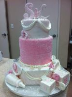 Bling baby shower cake by see-through-silence