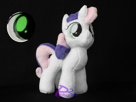 Sweetie Bell V5 Glow-in-the-Dark by kiashone