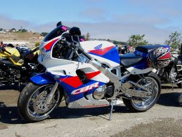 93 Honda CBR900RR red whi blue by Partywave