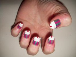 Cupcake nails by BlueBlasta