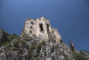 Beckov Castle II by vtrepo