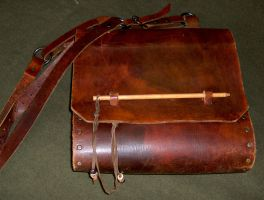 Leather bag by Laerad
