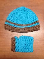 Ribbed Beanie and Fingerless Gloves Set by sparrowdragon