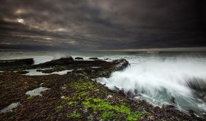 Stormy Seas 3 by Arty-eyes