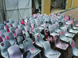 Nokia 180 Chairs by silifulz