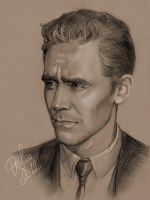 Tom Hiddleston by DafnaWinchester