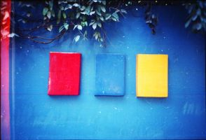 Primary colors by DomyBlue