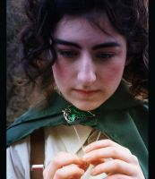 Frodo Baggins Cosplay by Loroqueen
