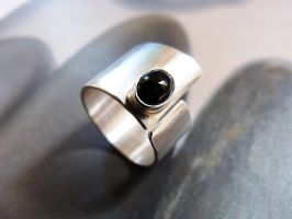 Onyx ring by Kreagora