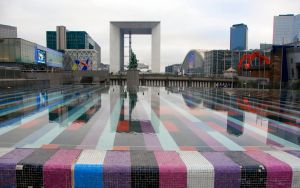 Paris La Defense le bassin by tezdesign