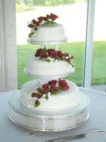 Red roses wedding cake by KarenJerram