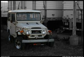 Junked Toyota Land Cruiser by JBail