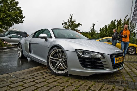 R8 by lokkydesigns