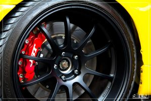 R34 Wheels and Brakes by small-sk8er