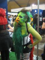 Freaky Bird-Lizard-Lady Thing by WhatTheFoxBecca