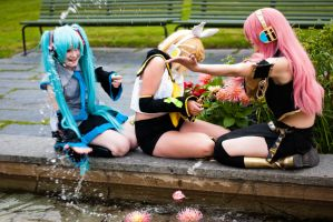 Vocaloid - Water Fun by Doffi