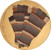 Knitted half gloves by Coccis