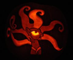 Mane-iac Pumpkin by archiveit1