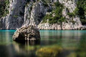 Stone over the water by Toinant
