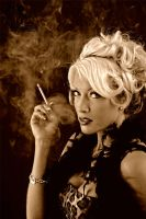 SmoKIn..... by sLAvE-to-mY-mINd