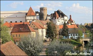 Castle and the old part in Jindrichuv Hradec by bornthisway7