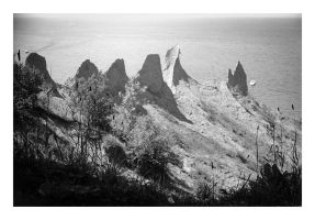 2014-204 Chimney Bluffs from the rim trail by pearwood