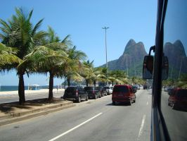 Morro Dois Irmaos by rosye