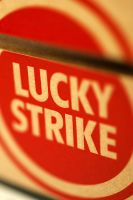 iPhone WP - Lucky Strike by Ythor