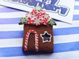 Gingerbread House Brooch 2 by tyney123