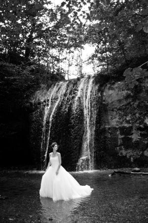Trash the Dress  Waterfall by environaut - Ar�iviм*  S�rekli G�ncel ..