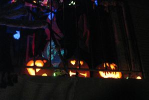 Halloween 2009 Patio Display 7 by EVysther