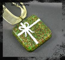 Red-Green-Gold Holiday Present Pendant by kelleejm1