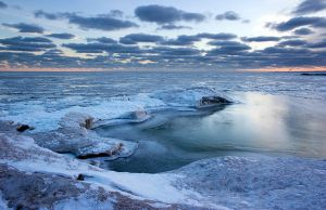 Icy Sunrise at Lake Erie by astulock