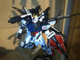 1:100 MG strike gundam IWSP by jiyuujin55