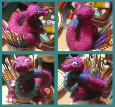Felted Dragon by voodoomaggie