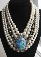 Mermaid Pearl Necklace by asunder