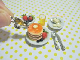 Miniature Berries Pancakes by ilovelittlethings