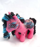 My little pony custom Roku Gatsu by AmbarJulieta