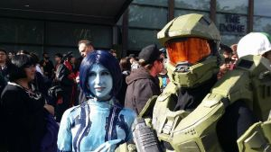 Cortana Cosplay and Master Chief Cosplay by SpartanJenzii