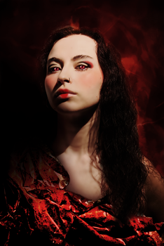 Queen of Hearts by KarmaIllusion