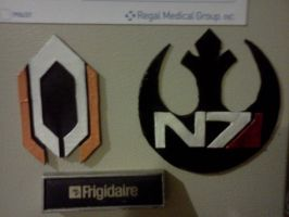 Cerberus and N7 Starbird Magnets by LadyIlona1984