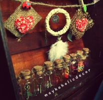 mayka's hand-made stuff by MaykaholicDecor