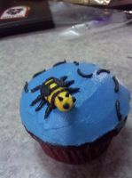 Bumblebee cupcake by KauseNeffect