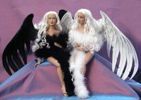 Light Angel, Dark Angel by MisticUnicorn