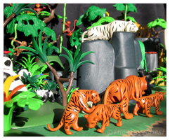 Playmobil Jungle - Tiger Family by The-Toy-Chest
