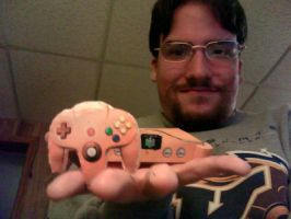 Me with N64 Papercraft by gpsc