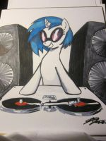 Hand Drawn Vinyl Scrach by johnjoseco