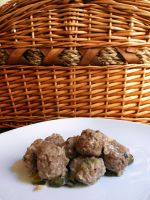 Stuffed meatballs with basil and courgettes by kivrin82