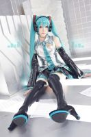 Miku Hatsune11_VOCALOID by AMPLE-COSPLAY
