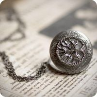 Secret Garden locket by BeautySpotCrafts